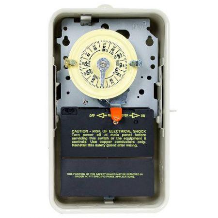 Intermatic  T-104R3 220V Timer In A Metal Case