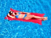 Kai Infinity Pool Float - Logo Red